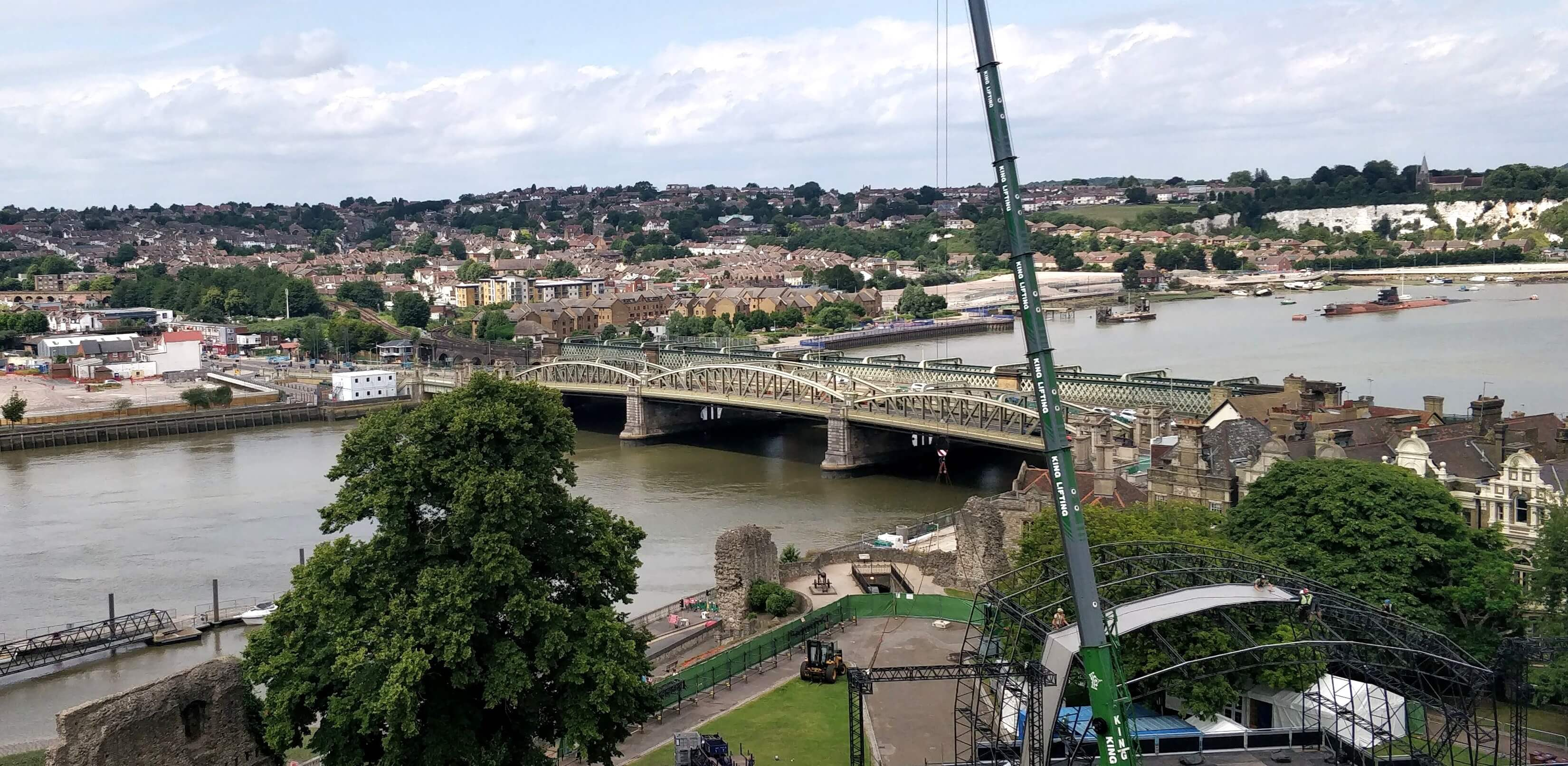 The bridge over the river Medway at Rochester
